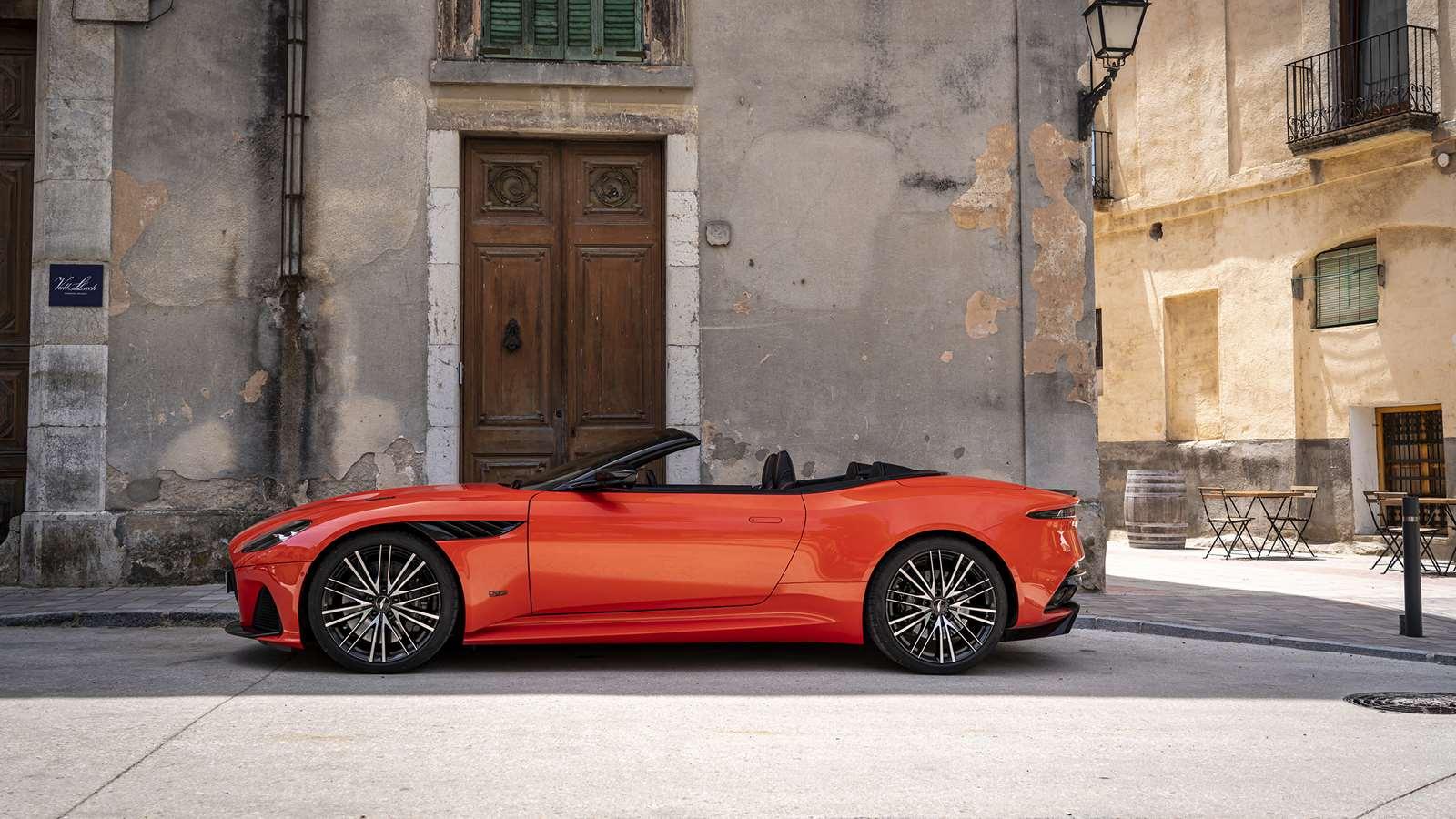 Aston Martin Dbs Superleggera Volante Roof Goodwood