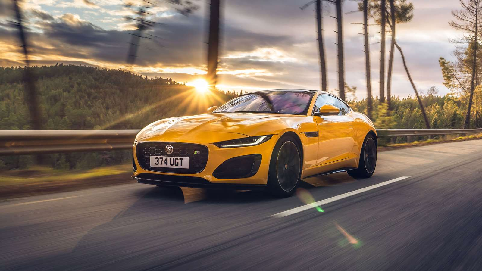 Review Jaguar F Type R Grr