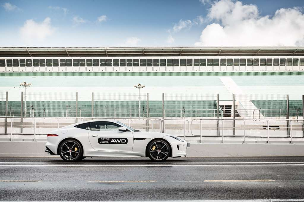 jaguar-f-type-awd-road-test