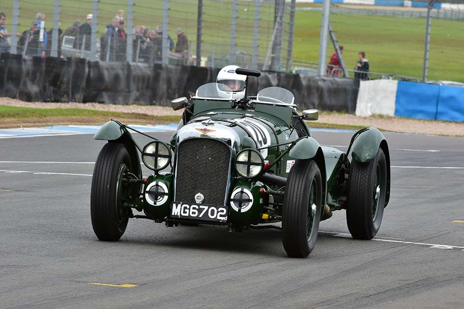 Donington_Historic_Sports_Cars_0705201513.jpg