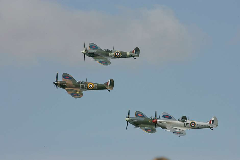 Spitfire_Freddie_March__Revival_180515_Battle_of_Britain001