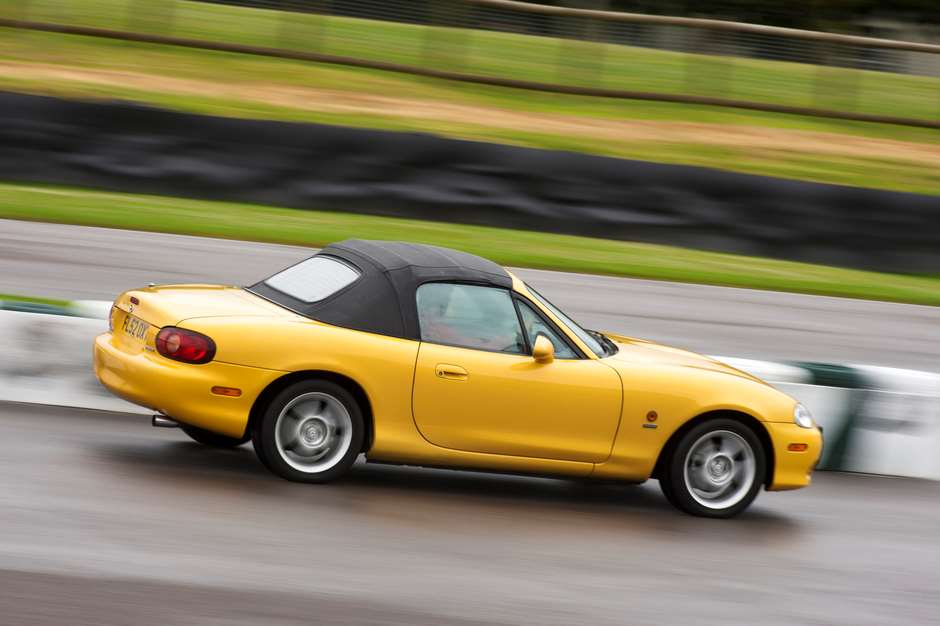 mazda-mx-5-review