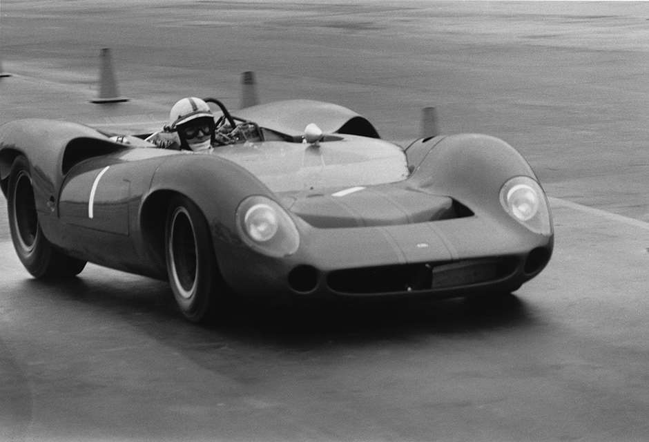Whitsun Trophy Can Am Surtees