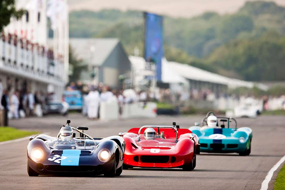 2014 Goodwood Revival 12th - 14th September 2014. Saturday Whitsun Trophy. Track Action. Photo: Drew Gibson.