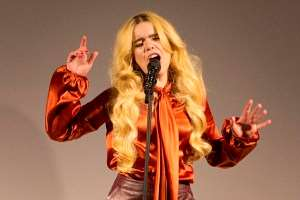 Tesco's clothing brand hosts fshion show to showcase spring and summer range, Paloma Faith sings.