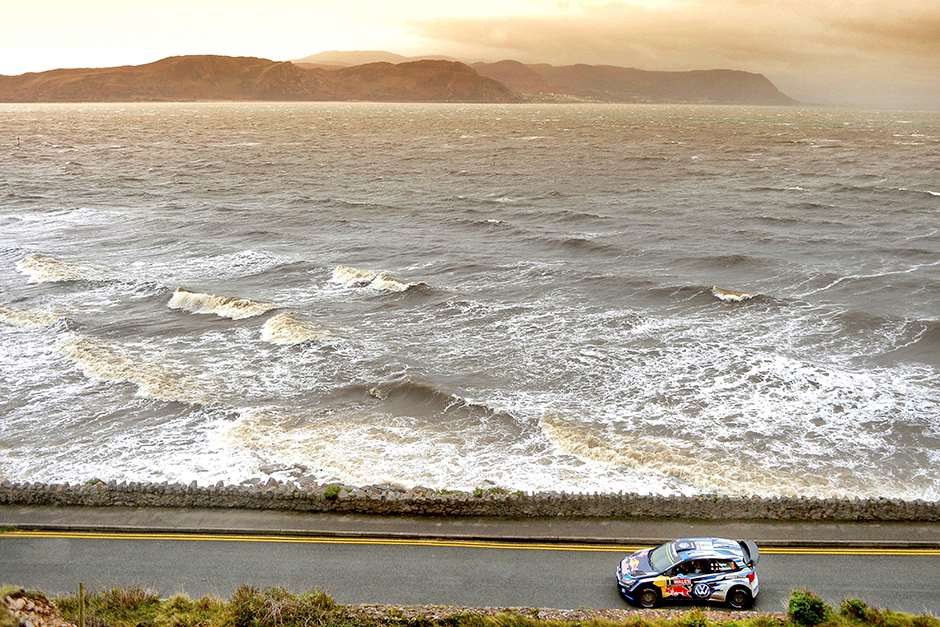 Sebastien Ogier races during FIA World Rally Championship in Deeside, Great Britain on 15 November 2015 // @World / Red Bull Content Pool // P-20151115-00552 // Usage for editorial use only // Please go to www.redbullcontentpool.com for further information. //