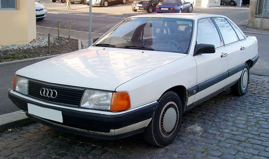 Audi 100 Car of the Year 2016