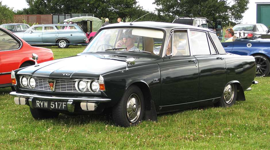 Rover P6 Car of the Year 2016
