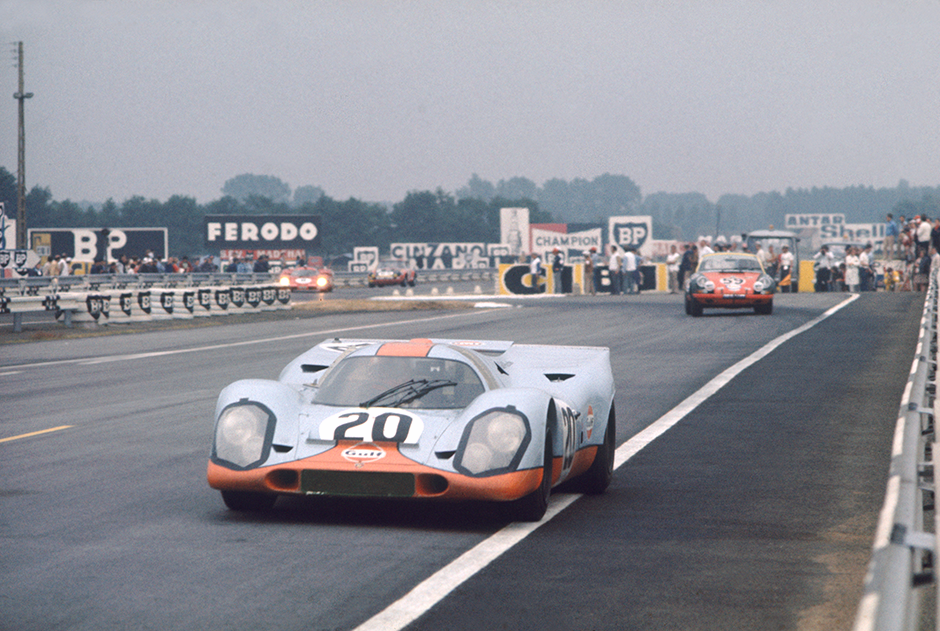Le Mans, France. 13 - 14 June 1970. Jo Siffert/Brian Redman (Porsche 917K), retired, action.  World Copyright: LAT Photographic Ref: 70LM15