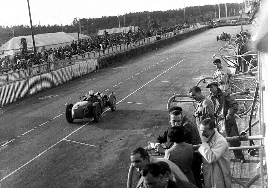 Le Mans Ref: 734/2 World copyright LAT Photographic