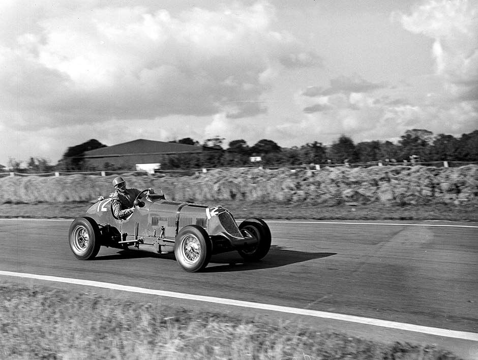 1952 Goodwood Ref: 766/11 World copyright LAT Photographic