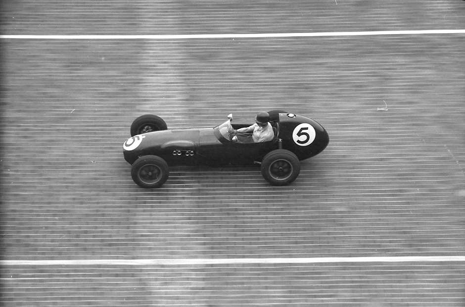 GPL 1958 AVUS NORTH WALL BERLIN GP F2 DENNIS TAYLOR LOTUS 12.jpeg23021601